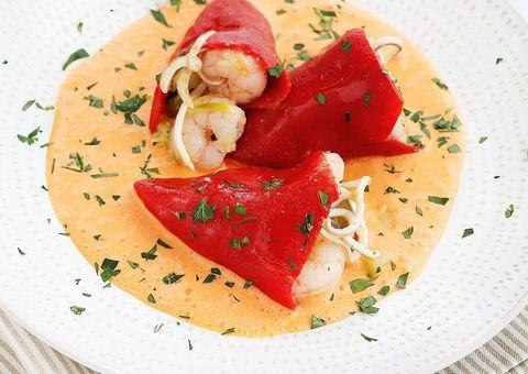 Food, Cuisine, Ingredient, Dishware, Dish, Garnish, Recipe, Serveware, Culinary art, Brunch,
