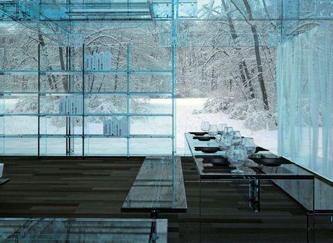 <p>Tanto el exterior como el interior está realizado en cristal, prácticamente en su totalidad. La fachada transparente permite una experiencia visual de 360 grados.</p>