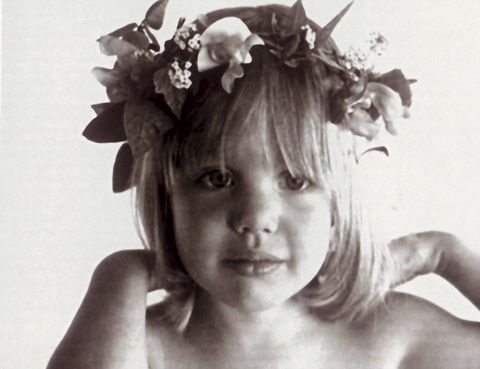 <p>En 1982 debutó en la pantalla. Su cara da angel ya auguraba un futuro profesional brillante.</p>