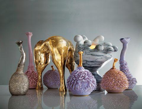 <p>Si vas a NY, no dejes de ver 'Cool World' con las sorprendentes creaciones de los gemelos Nikolai y Simon Haas (1984), los aclamados artistas-diseñadores californianos.Galería R &amp; Company. N. York. Hasta el 10 de enero.</p>