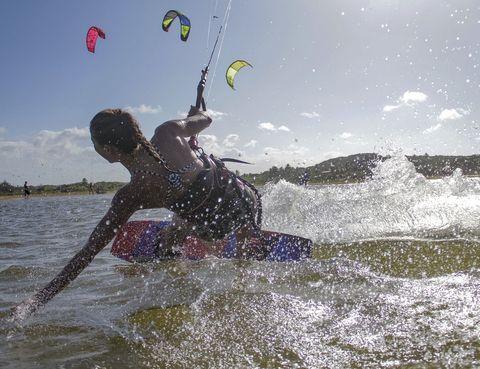 """<p>Para mí el deporte es una forma de vida pero no siempre ha sido así. Poco a poco he ido encontrando aquellos deportes que me apasionan. <strong>Hoy en día hay una gran oferta en el """"mundo fit"""": abre la mente, prueba y encuentr</strong>a la actividad que te motive de verdad. ¡El kitesurf es una de mis grandes pasiones! Como buena canaria, mi debilidad son los deportes acuáticos.</p><p>&nbsp;</p>"""