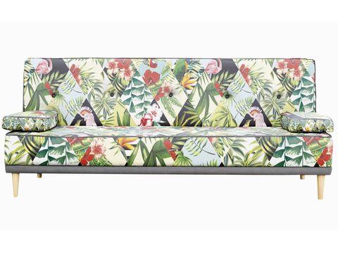 <p>Adéntrate en una selva de animales y plantas exóticas con <i>Tropical</i>, el sofá-cama de microfibra y patas de madera, de Really Nice Things, 999 €.</p>