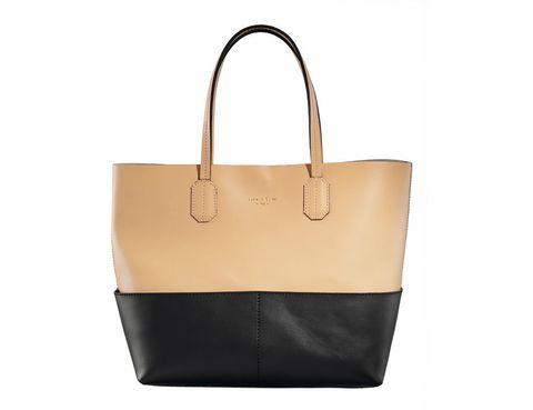 <p>El compañero ideal para una jornada de 'shopping', con el tamaño perfecto para las fashionistas y la mezcla de colores nude y negro, que combina con todo. Cuesta 175 €.</p>