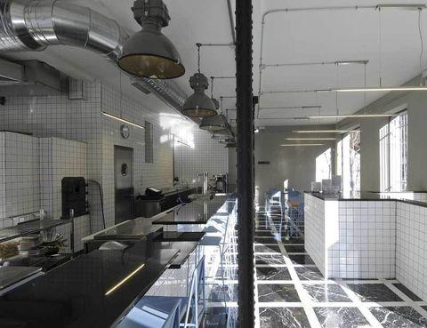 <p>Pizzas con receta argentina a cargo de los chicos de Sudestada, que traen un trocito de Buenos Aires a Chamberí.&nbsp;</p><p><strong>Ponzano, 76, Madrid, tel. 915 34 10 09. Precio medio: 18 €.</strong></p>