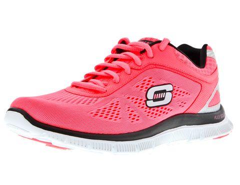 <p>Gracias a su malla transpirable, las Flex Appeal mantienen además el pie seco. Fichamos éstas en rosa fluorescente (64.95€).</p>