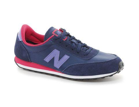 <p>Zapatillas modelo '410', de <strong>New Balance</strong> para <strong>Asos</strong> (65,07 €).</p>