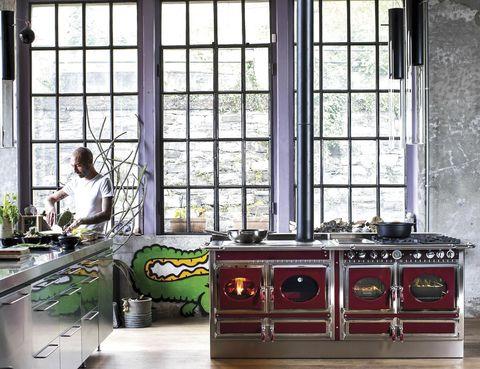 <p>Cocina a leña <i>Country,</i> de J. Corradi, también a gas y electricidad. </p>