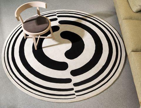<p>La ancestral alfombra como soporte gráfico de señales y códigos. Así es la col. 3.0, de diez+diez diseño para <strong>Veo Veo.</strong> Nuestra favorita: Wifi. ¡Engánchate! </p>