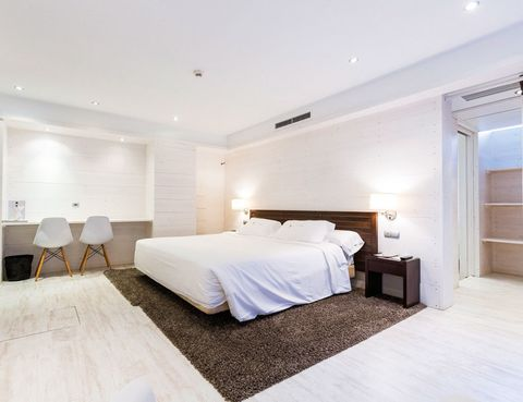"""<p>Hondarribia es un lugar privilegiado en la costa vasca. <a href=""""http://www.selectahotels.com"""" target=""""_blank"""">Este hotel</a> tiene cuartos especiales para alérgicos, los Green Rooms, que siguen estrictos protocolos para reducir los alérgenos. Duerme desde 80 euros.</p>"""