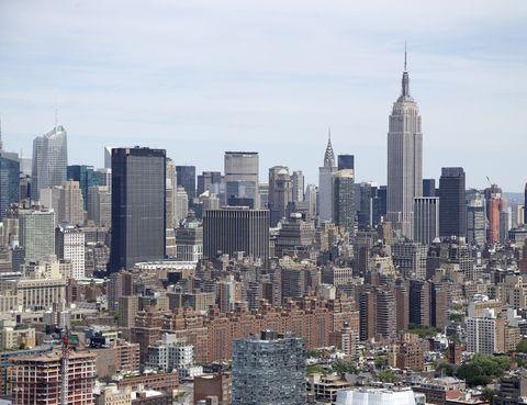 <p>En caso de que busques un destino más urbano, la ciudad de los rascacielos es la mejor opción. Justo antes de que llegue el frío y plena fiesta de la moda, ya que del 4 al 11 de septiembre tendrá lugar la Mercedes-Benz Fashion Week.</p>