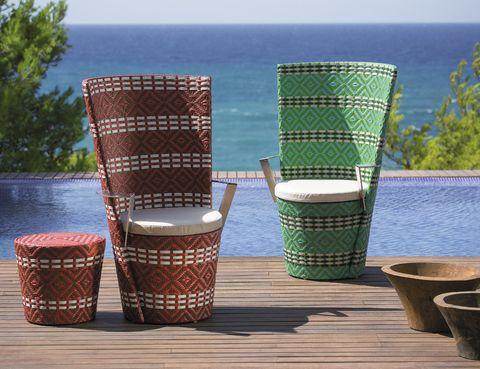 <p>Es lo que significa <i>Icpalli,</i> el nombre de estos sillones, 760 €/cu, de Point. </p>