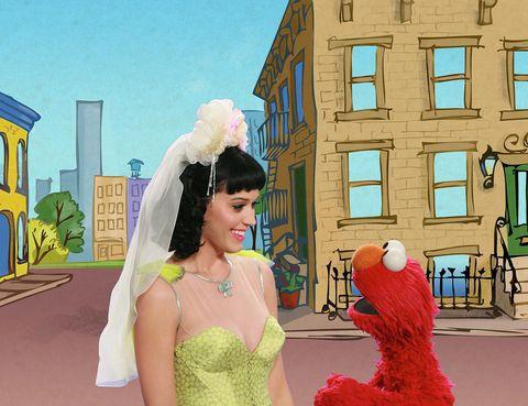 """<p>Con la censura en 'Barrio Sésamo' se topó <strong>Katy Perry</strong>: una escena en la que la cantante aparecía junto a Elmo en la famosa serie infantil desató las críticas de ciertos sectores de la población estadounidense, que consideraron que su escote era inadecuado para un programa infantil. Ante las presiones, la cadena de televisión decidió no emitir el segmento en el que aparecía Perry, aunque ella se tomó su revancha: <a href=""""https://www.youtube.com/watch?v=gCSejBIlXVA"""" target=""""_blank"""">en un 'sketch' para el programa Saturday Night Live</a>, la cantante apareció vestida con una camiseta de Elmo que la permitía lucir un más que generoso escote.</p>"""