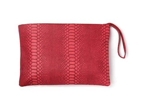 <p>Cartera regalo de<strong>&nbsp;ELLE Agosto</strong>&nbsp;en color rojo.</p>
