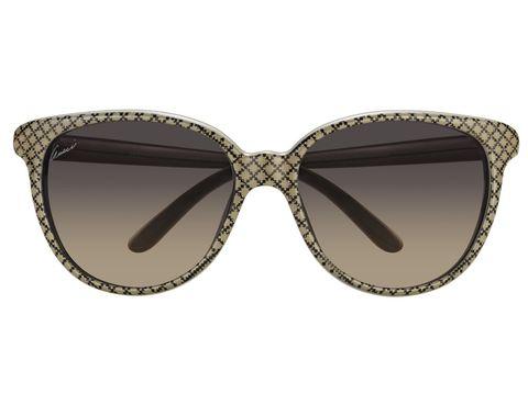 <p>En beige y negro, con detalles brillantes y cristales en 'degradé'.</p>