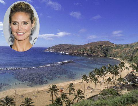 <p>¿Quién no sueña con ir a Hawaii? Este grupo de islas de la Polinesia son el destino 10 de tops como <strong>Heidi Klum</strong> o <strong>Cindy Crawford</strong>. Con multiples posibilidades, puedes desde visitar un volcán, ver ballenas, practicar surf o sumergirte en la cultura polinesia. Y si no puedes decidirte, te recomendamos la que muchos consideran la mejor playa de Hawaii: Bahia de Hanelei, en la orilla norte de Kauai.</p>