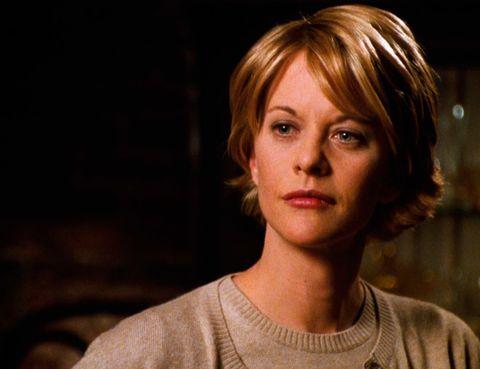 <p>Los años 90 tuvieron dos cortes de pelo asociados. Uno fue el 'Rachel', popularizado por Jennifer Aniston en 'Friends', y otro el de Meg Ryan en 'Tienes un email'. Un corte desenfadado que fue imitado por muchas.</p>