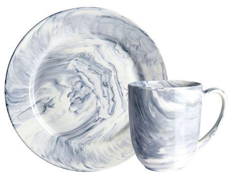 <p>La firma Habitat se suma a la tendencia con la vajilla Esbo, de la col. Art de la Table. Es de porcelana pero... ¡quién lo diría! </p>