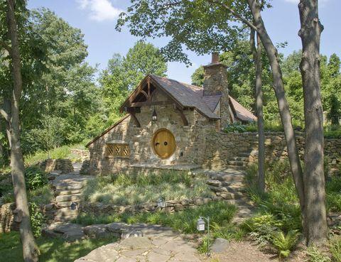 <p>La casa está localizada en una zona boscosa de Pennsylvania, y es propiedad de un millonario que prefiere permanecer en el anonimato.</p>