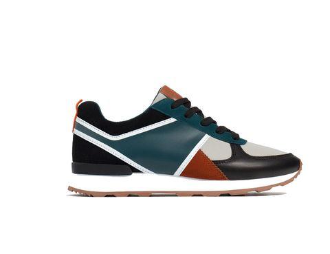 <p>Sneakers tricolor de Zara (19,99 €).</p>