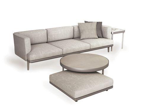 <p>Colección <i>Boma</i>, de Roberto Dordoni, un sistema modular con estructura de aluminio y grandes asientos.</p>