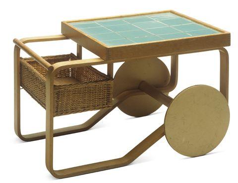 <p>'Alvar Aalto-Second Nature' sobre el gran arquitecto y diseñador finlandés se exhibe ahora en el Vitra Design Museum. Y en 2015 llega a los Caixa Forum de Barcelona y Madrid. Weil am Rhein. Alemania. Hasta el 1 de marzo.</p>