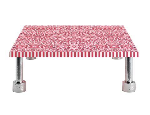 """<p>¿Quieres convertir tu casa en un universo especial y divertido? Elige esta<i> coffee table</i>, de la colección <i>Landscape Panda</i>, que Paola Navoneha inventado para Cappellini. Una forma nada convencional de interpretar la belleza de las cosas. ¡Viva la deco optimista! <a href=""""/edicion/gallery/708641/(offset)/cappellini.it%20"""" target=""""_blank"""">cappellini.it&nbsp;</a></p>"""