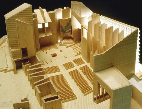 <p>Maqueta de la Catedral de Nuestra Señora de Los Ángeles, EEUU (1996-2002).</p>