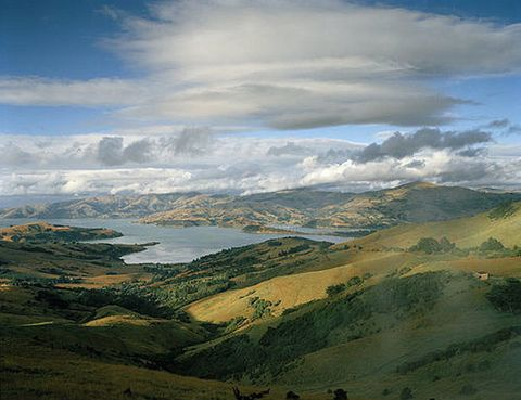 <p>Sólo se ha hecho con tres nominaciones, pero los escenarios en los que se rodó esta película son de una belleza incomparable. Descubre Nueva Zelanda y adéntrate en la Tierra Media recorriendo algunas localizaciones de rodaje como la región de MacKenzie Country la montaña de Monte Cook.</p>