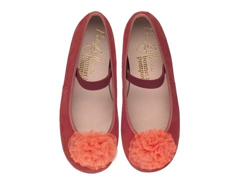 """<p>Bailarinas de Pretty Ballerinas para <a href=""""http://spain.bonnetapompon.com/es/"""" title=""""Bonnet à pompon"""" target=""""_blank"""">Bonnet á Pompon</a> a la venta en el 'flagship store' de la calle Lagasca (89,90 €).</p>"""