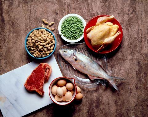 """<p>La última dieta de moda, las que llevan toda la vida publicitándose... No hagas caso de estos cantos de sirena y organiza tu alimentación en función de tus necesidades reales. """"<strong>La dieta equilibrada es diferente para cada persona</strong> y varía en función de nuestros hábitos, nuestra edad, nuestros gustos…en definitiva, nuestra vida"""", asegura la doctora <a href=""""http://palomagil.com/"""" target=""""_blank"""">Paloma Gil</a>. Su consejo: """"Olvídate de las dietas estándar y organiza la tuya propia"""".</p>"""