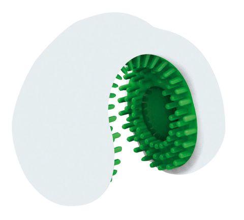 <p>Se mueve activado por la saliva y limpia los dientes.</p>