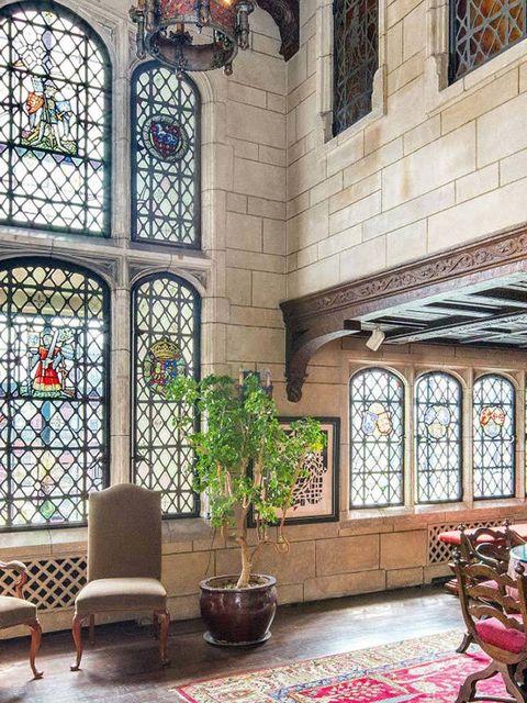 <p>La propiedad data de al rededor de 1930, siendo así un apartamento con más de 85 años de antiguedad, pero su estilo se remonta mucho más atrás.</p>
