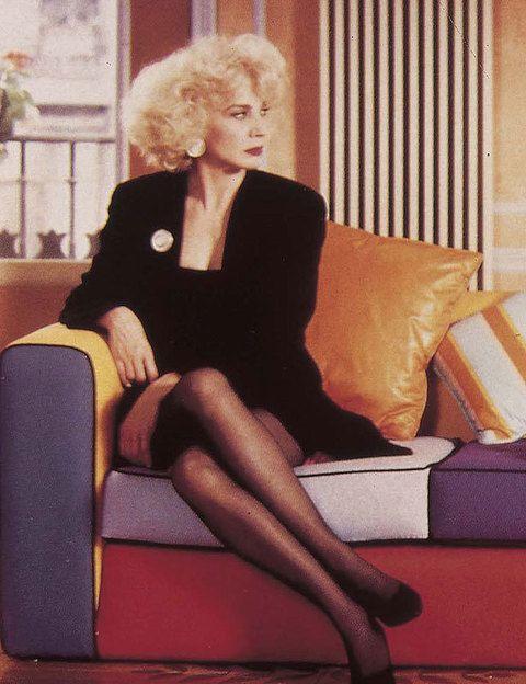 <p>La actriz debutó como chica Almodóvar en el tercer largometraje del manchego: <i>Entre tinieblas </i>(1984). Desde que diera vida a Sor Estiércol, una monja aficionada al LSD, ha estado con él en muchos de sus éxitos: <i>Tacones Lejanos, La flor de mi secreto, Todo sobre mi madre...</i> Repitieron juntos en <i>La piel que habito.</i></p>