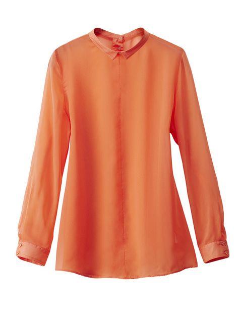 <p>Camisa de cuello mao en color mandarina de<strong> H&M.</strong></p>
