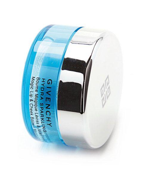 <p> 'Hydra Sparkling <br />Lip Balm', rellena las pequeñas arrugas (30 €). De <strong>Givenchy</strong>.</p>