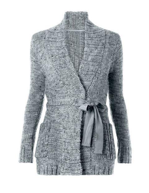 <p>Nos gustan estas chaquetas tan amorosas para acompañar a nuestros looks contra el frío, no hay nada que se compare a un look rockero con esta chaqueta, abierta, de <strong>Mango.</strong></p>