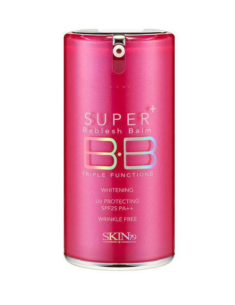 <p><i>Hot Pink Super BB Cream </i>(19,50 €), de <strong>Skin79</strong>. Hidrata y aporta color a la vez que controla la grasa. Con función antimanchas y antiarrugas y SPF 25.</p>