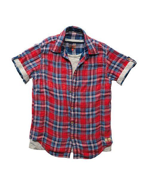 <p>Camisa con&nbsp&#x3B;falsa camiseta interior incorporada de&nbsp&#x3B;<strong>Freesoul</strong>.</p>