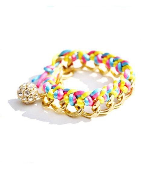 <p>En cadena dorada con cordón de raso de diferentes colores flúor.</p>