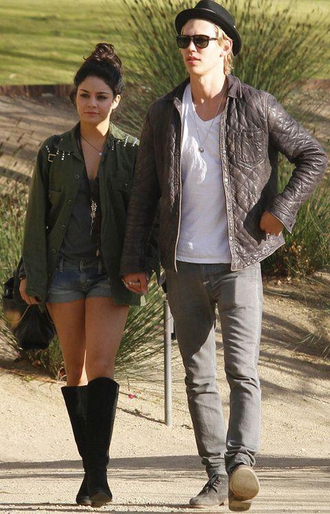 <p>Cuando salía con el actor <strong>Zac Efron</strong> veíamos a una <strong>Vanessa Hudgens</strong> perfecta en cada momento y que cuidaba cada detalle antes de salir a la calle. Ahora tiene nuevo chico, <strong>Austin Butler, </strong>mucho más <i>grunge </i>que Efron y Vanessa ha dejado salir su lado más <i>hippie </i>con el que parece encontrarse mucho más cómoda.</p>