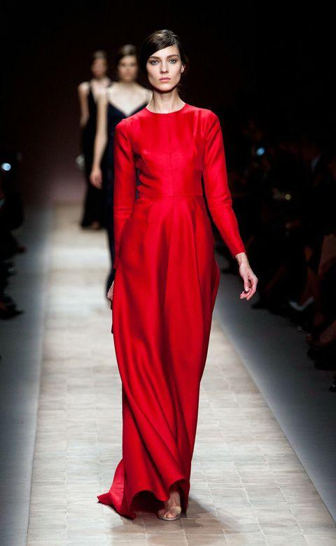 <p>Vestidos extralarge de Valentino perfecto para una cita de noche. </p>