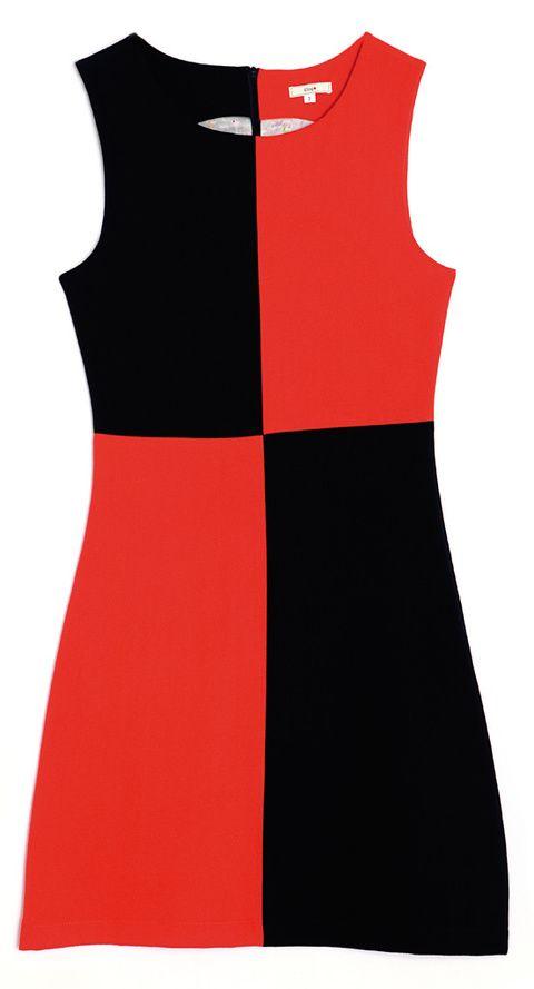 <p>Vestido con 'print' geométrico bicolor (59,90 €), de <strong>Kling</strong>.</p>