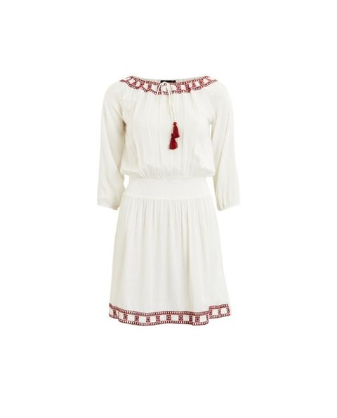 "<p>Vestido boho blanco, de <a href=""http://rstyle.me/n/btmyzwb64xf%20"" target=""_blank"">First and I</a>&nbsp&#x3B;(33,25 euros).</p>"