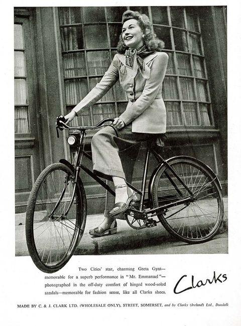 <p>&nbsp;</p><p>La singular historia de Clarks se remonta 190 años atrás en Street, un pueblo de Somerset (Inglaterra).&nbsp;</p>