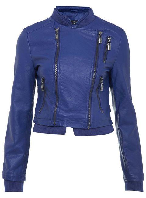 <p>De cuero y en tono azul klein, de <strong>Miss Selfridge</strong> (65 €).</p>