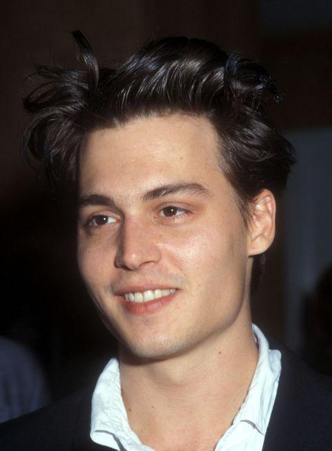 <p>Tres años después (y con el acné ya olvidado) Johnny seguía aparentando menos edad de la que tenía en realidad.</p>