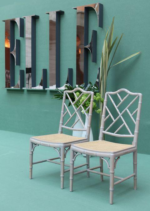 <p>La decoración corrió a cargo de Luis García Fraile. Los detalles florales, de Floreale.</p>