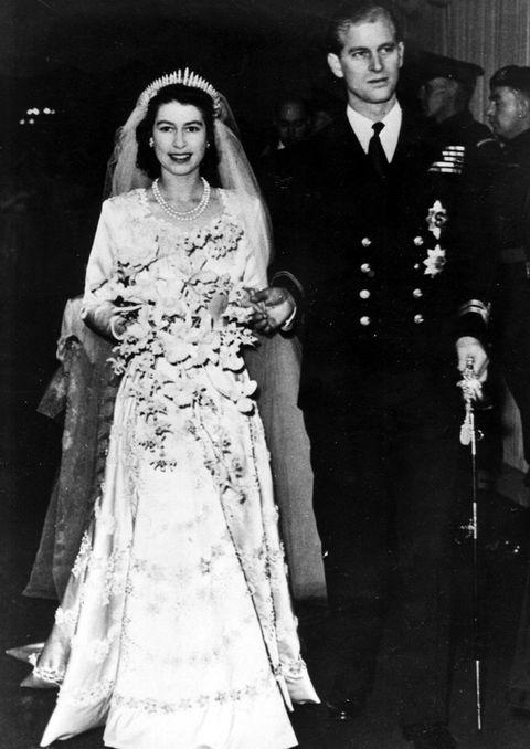 τα πιο διάσημα νυφικά στην ιστορία Ελισάβετ βασίλισσα της Αγγλίας