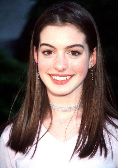 <p>Cuando la conocimos, su imagen no era la de la sofisticada actriz en la que se ha convertido. En sus inicios, Anne tenía una imagen mucho más inocente perfecta para su papel en 'Princesa por sorpresa'.</p>
