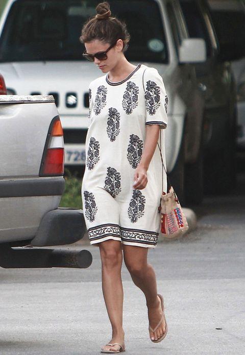 <p><strong>Rachel Bilson</strong> es una incondicional de los vestidos de la segunda línea de Isabel Marant, Étoile, como este tan veraniego.&nbsp&#x3B;</p>